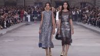 The CHANEL Spring-Summer 2015 Ready-to-Wear show took place on September 30th, 2014 at the Grand Palais in Paris. View the full CHANEL Spring-Summer 2015 Ready-to-Wear show at http://youtu.be/emkZ5rVIv7Q Soundtrack: Artist: […]