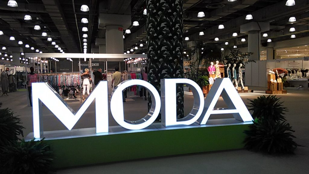 MODA FASHION SHOW 2015 New York