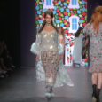 https://youtu.be/M10O7_t8IcA Anna Sui | Spring Summer 2017 by Anna Sui | Full Fashion Show in High Definition. (Widescreen – Exclusive Video – NYFW/ New York Fashion Week) Manhattan Fashion Magazine […]