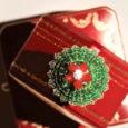 Cactus de Cartier ring, 18K yellow gold, emeralds, carnelians, set with a brilliant-cut diamond of 0.10 carats. Learn more: http://goo.gl/zTNdUS …. Société Cartier   is a French luxury goods […]