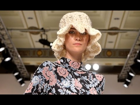 Apujan | Fall Winter 2016/2017 by *** | Full Fashion Show in High Definition. (Widescreen – Exclusive Video – LFW/ London Fashion Week)