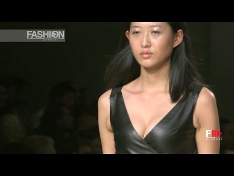 DUARTE Spring Summer 2017 | Sangue Novo Lisboa FW by Fashion Channel YOUTUBE CHANNEL: http://www.youtube.com/fashionchannel WEB TV: http://www.fashionchannel.it/en/web-tv FACEBOOK: https://www.facebook.com/fashionchannelmilano TWITTER: https://twitter.com/FashionChannelP PINTEREST: http://pinterest.com/fashionchannel INSTAGRAM: http://instagram.com/fashionchanneltv The best videos, the […]