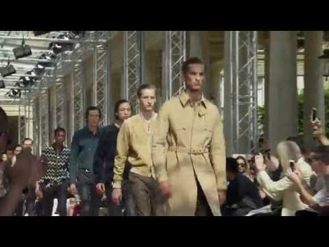 The finale from the Louis Vuitton Men's Spring-Summer 2017 Fashion Show by Men's Artistic Director Kim Jones. Watch the show now and see all the looks on …