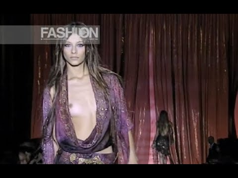ELIE SAAB Haute Couture Fall Winter 2003 Paris by Fashion Channel YOUTUBE CHANNEL: http://www.youtube.com/fashionchannel WEB TV: http://www.fashionchannel.it/en/web-tv FACEBOOK: https://www.facebook.com/fashionchannelmilano TWITTER: https://twitter.com/FashionChannelP PINTEREST: http://pinterest.com/fashionchannel INSTAGRAM: http://instagram.com/fashionchanneltv The best videos, the most […]