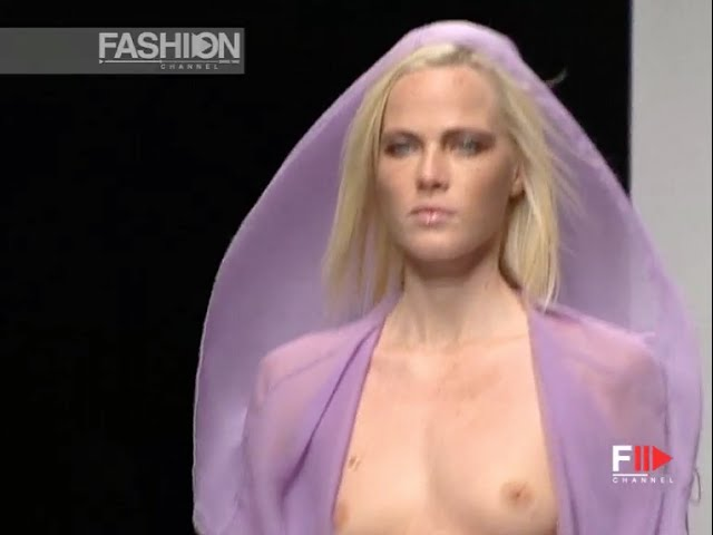 TOMASO STEFANELLI Full Show Spring Summer 2003 Milan by Fashion Channel YOUTUBE CHANNEL: http://www.youtube.com/fashionchannel WEB TV: http://www.fashionchannel.it/en/web-tv FACEBOOK: https://www.facebook.com/fashionchannelmilano TWITTER: https://twitter.com/FashionChannelP PINTEREST: http://pinterest.com/fashionchannel INSTAGRAM: http://instagram.com/fashionchanneltv The best videos, the most […]