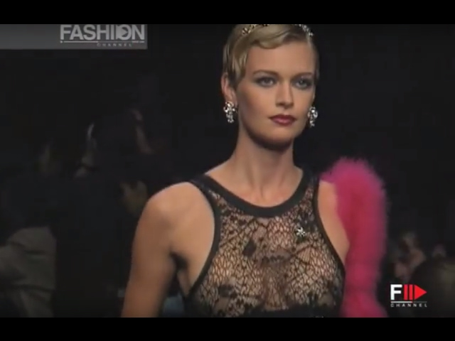 SONIA RYKIEL Full Show SS 1995 Paris by Fashion Channel YOUTUBE CHANNEL: http://www.youtube.com/fashionchannel WEB TV: http://www.fashionchannel.it/en/web-tv FACEBOOK: https://www.facebook.com/fashionchannelmilano TWITTER: https://twitter.com/FashionChannelP PINTEREST: http://pinterest.com/fashionchannel INSTAGRAM: http://instagram.com/fashionchanneltv The best videos, the most exclusive […]