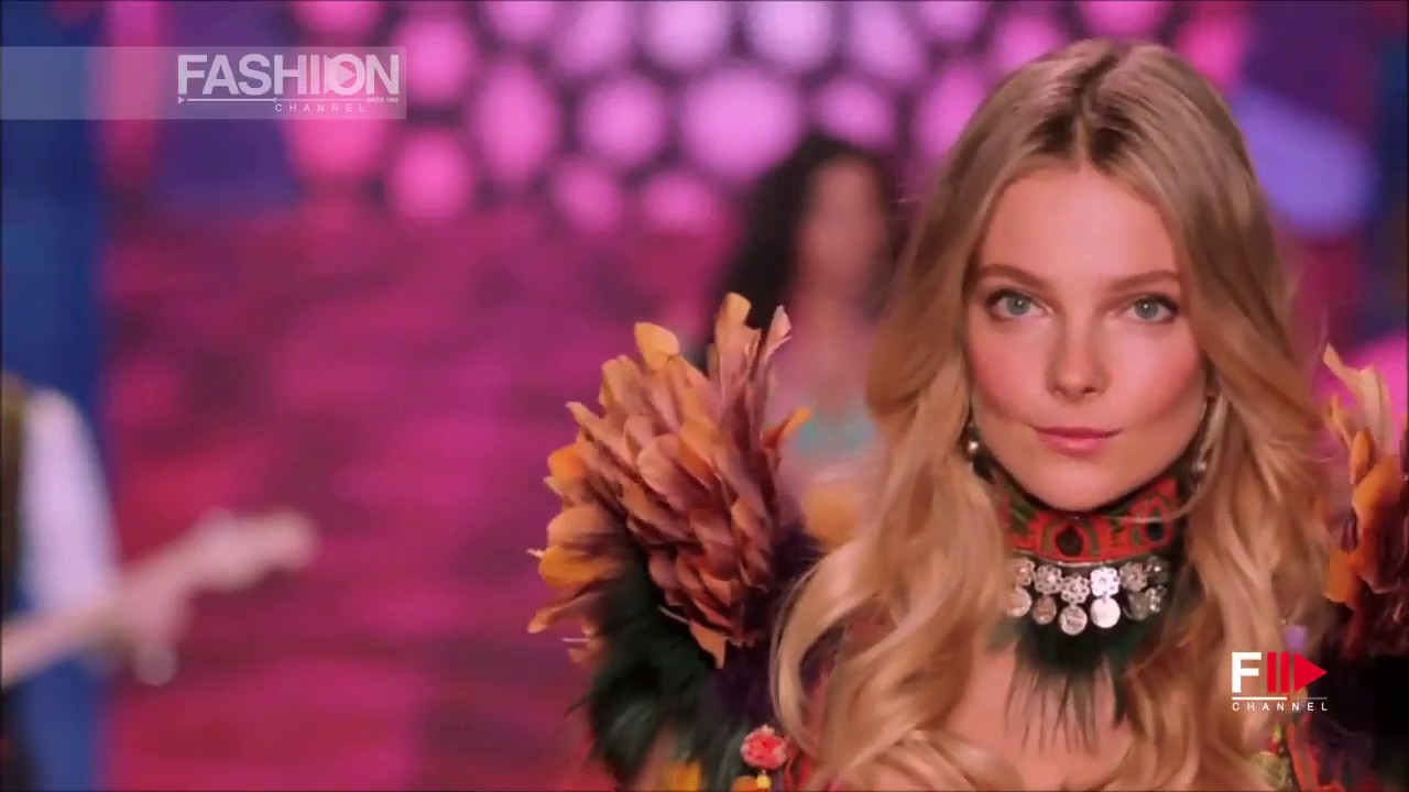 ENIKO MIHALIK Model 2017 by Fashion Channel YOUTUBE CHANNEL: http://www.youtube.com/fashionchannel WEB TV: http://www.fashionchannel.it/en/web-tv FACEBOOK: https://www.facebook.com/fashionchannelmilano TWITTER: https://twitter.com/FashionChannelP PINTEREST: http://pinterest.com/fashionchannel INSTAGRAM: http://instagram.com/fashionchanneltv The best videos, the most exclusive moments of the […]