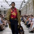 Highlights from the Louis Vuitton Men's Spring-Summer 2018 Fashion Show by Men's Artistic Director Kim Jones. Watch the show now and see all the looks at http://vuitton.lv/2scPuHX.