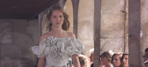 Rodarte SS18 Runway Show in Paris, France. Creative and Video Production by Bureau Future. Show Production by Bureau Betak. Rodarte is a brand of clothing and accessories founded by Kate […]