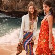 From the Tory Burch Spring/Summer 2017 collection, an effortless and free-spirited look: Boho chic. Coastal themes meet carefree lines and glamorous details in new designer skirts, dresses, bags & accessories. […]