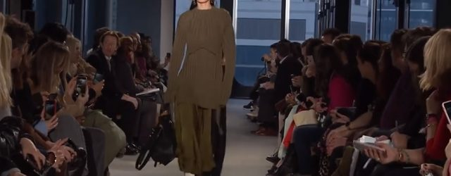 Proenza Schouler – Fall Winter 2019/2020 by Jack McCollough and Lazaro Hernandez – Full Fashion Show in High Definition. (- New York Fashion Week .. Videp FF Channel Proenza Schouler […]