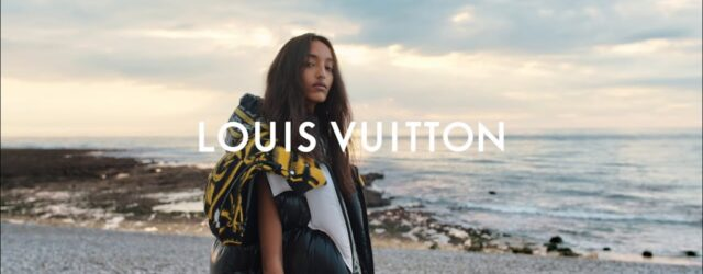 Photographed in Normandy, France, Nicolas Ghesquière's Fall-Winter 2021 collection pays reference to a different era, perpetuating the Maison's Spirit of Travel. Reflecting on Greco-Roman antiquity, the collection incorporates the exquisitely […]